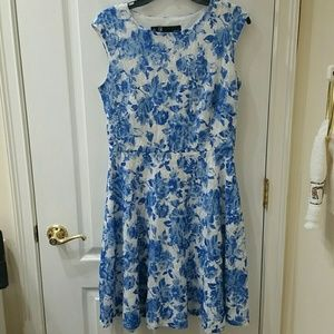 Leslie Faye Flower Lace Dress